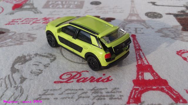 N°245C - Citroën C4 Cactus 25916872012_d95ff83655_z