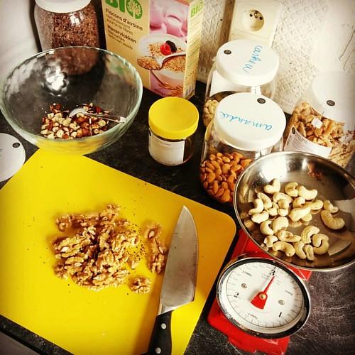 We doen nog eens een poging. #granola #currentlybaking