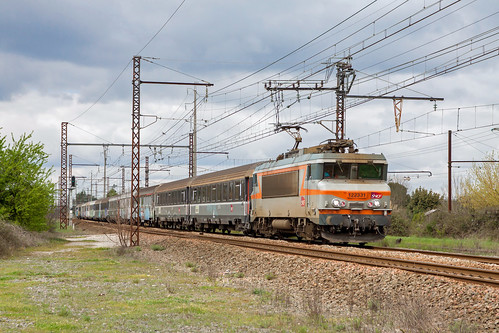 06 avril 2016 BB 22331 Train 817720 Hourcade 12.40 -> SPDC 19.40 St Loubes (33)