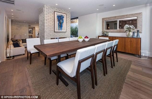 Дизайн столовой в доме актрисы Эмили Блант