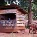 UGANDA:SHOE SHOP REPAIRING by Luz D. Montero Espuela. +2 Millones Visitas. ¡Gra