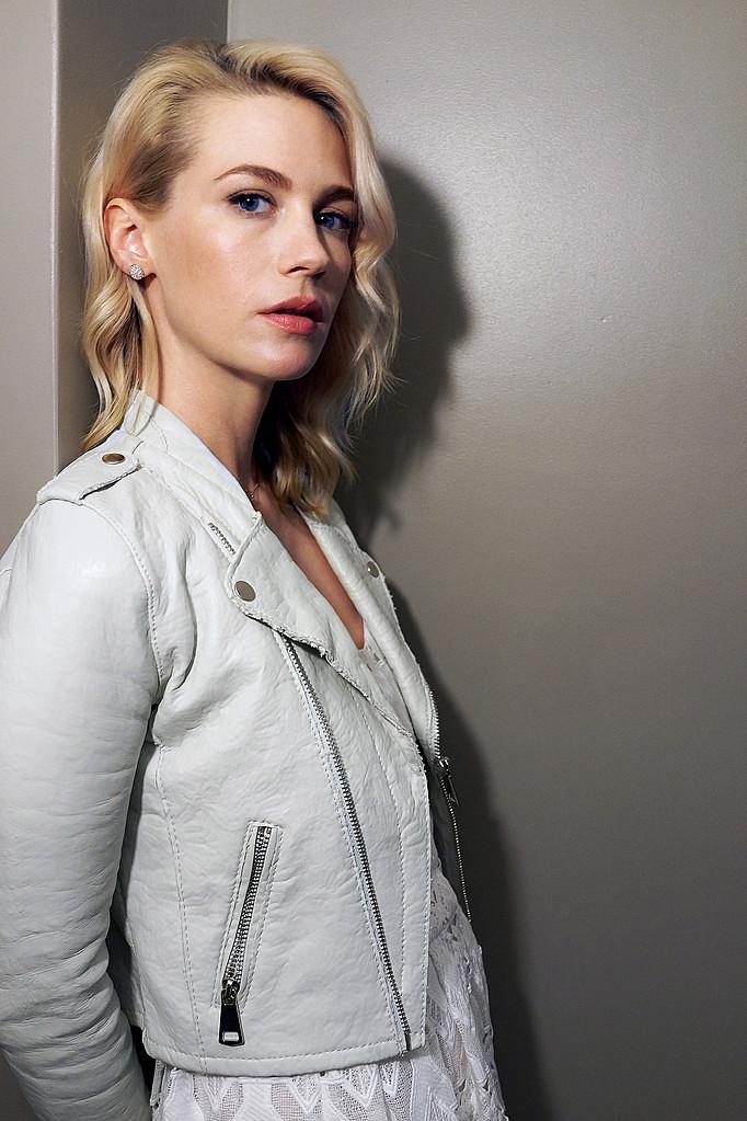 Дженьюэри Джонс — Фотосессия для «Хорошее убийство» на «Tribeca» 2015 – 3