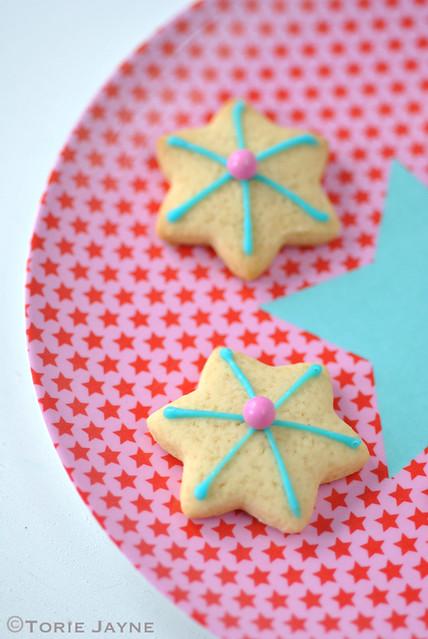 Pink star print melamine plate