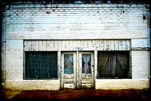 building rural train photography town store texas lawn business storefront groovyal lawntexas storefrontlawntexas