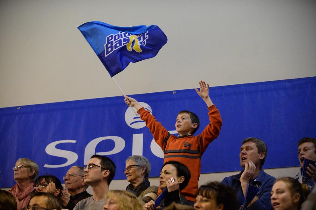 Tout Poitiers vit basket!