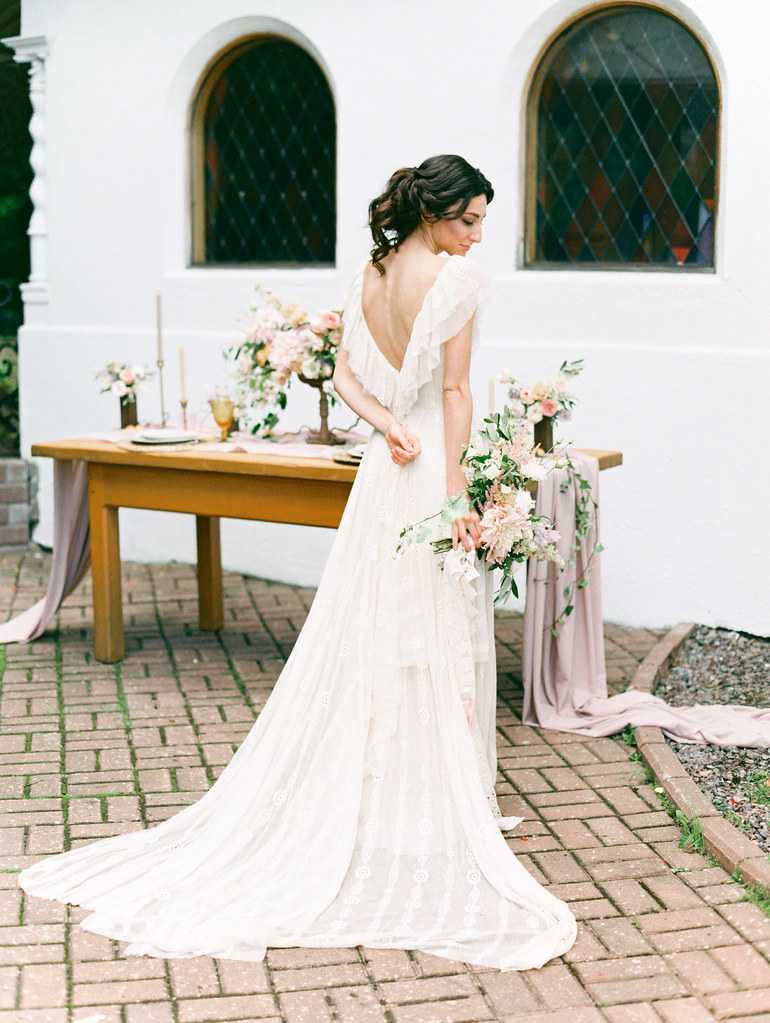 gorgeous open v back wedding dress | photo by Elena Pavlova | Fab Mood - UK wedding blog #styledshoot
