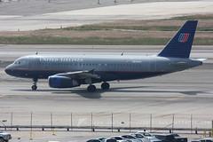 N834UA A320 United