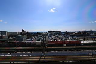 木古内駅には貨物列車がやってきます