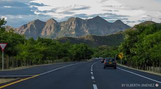 Road Bogotá - Ibague-12.jpg