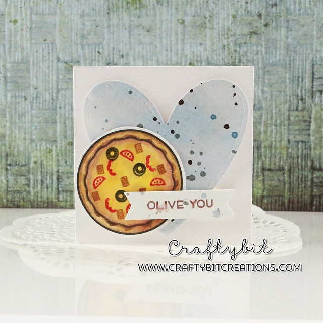 Second card in my Valentines serie is not pink and fluffy but instead using blues and browns. It's my entry in the @lawnscapingchallenge which is watercolour, I've used my distress inks both for the heart and also for the pizza. Using Pizza My Heart stamp