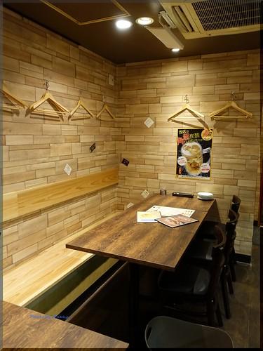 Photo:2015-02-08_T@ka.の食べ飲み歩きメモ(ブログ版)_燻製肉バルは普段使いに近くに欲しい素敵な店【市ヶ谷】モンパカ_11 By:logtaka