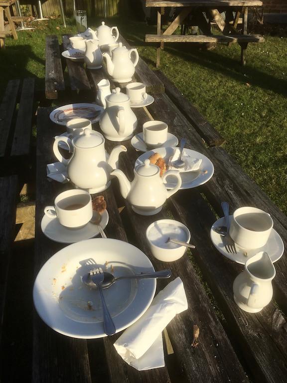 Tea pots, Sussex Oak pub Ockley to Warnham walk