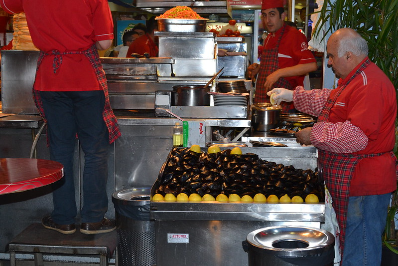Mejillones con limón en Istiklal