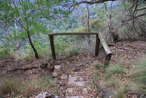 澳洲昆士蘭-Lamington NP Caves Circuit步道-安全設施-20141120-賴鵬智攝
