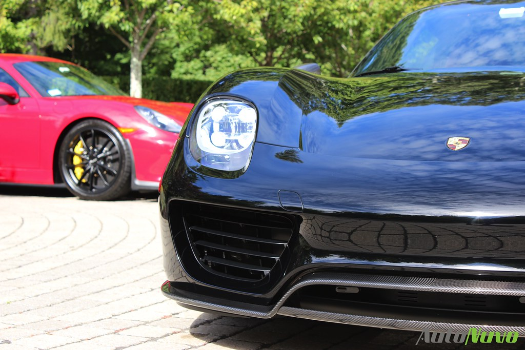 AutoNuvo Porsche 918