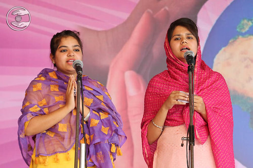 Devotional song by Swati and Saathi from Rajpura
