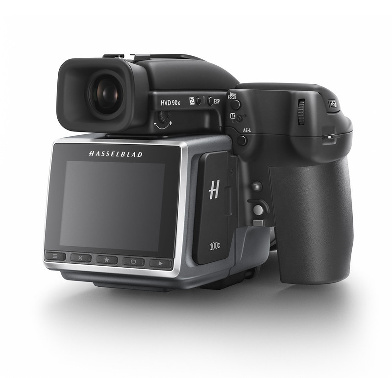 Hasselblad H6D-100c_rear side shot_WH2