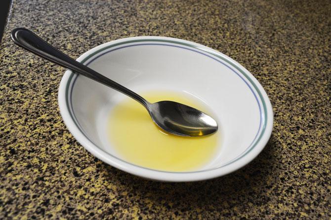 Fried bananas with Honey and Ice cream Recipe - Step2