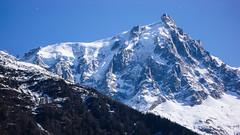 Z powrotem w Chamonix. Widok na Aiguille du Midi.