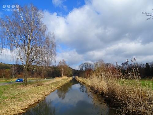 Iller -der Fluss > der Gießen, ein gegrabener Mühlbach, hier zwischen Dietenheim und Regglisweiler / Iller-la rivière > la rivière Gießen, un Mühlbach creusé, ici entre Dietenheim et Regglisweiler