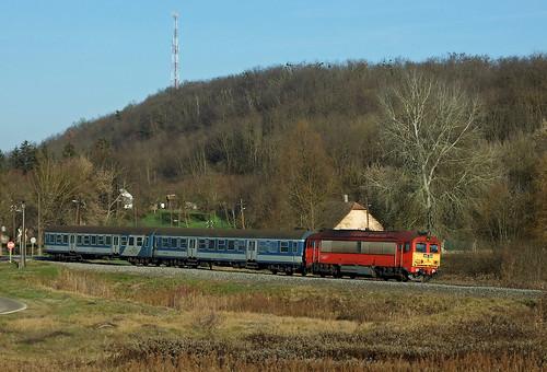 landscape diesel máv pamuk vonat vasút mozdony csörgő gyors m412204 dízel sebesvonat 4182204
