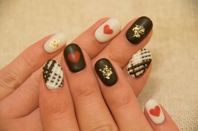 chocolate nail