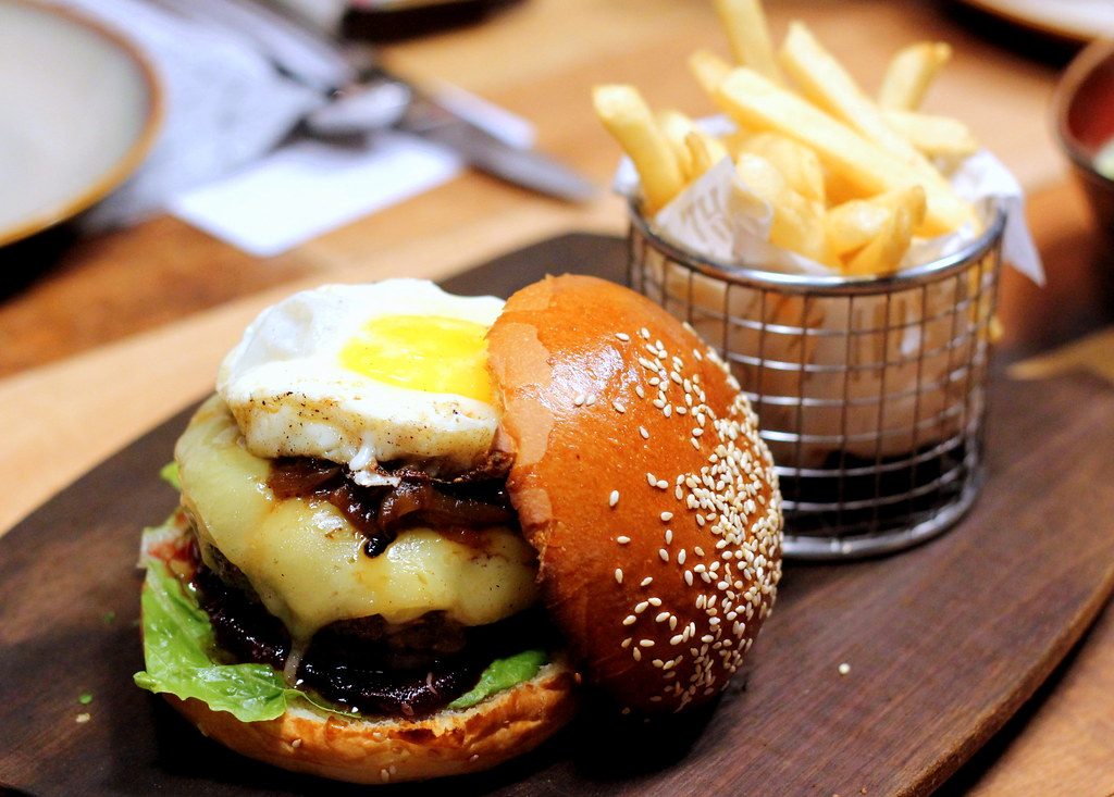 The Chop House: Aussie Burger
