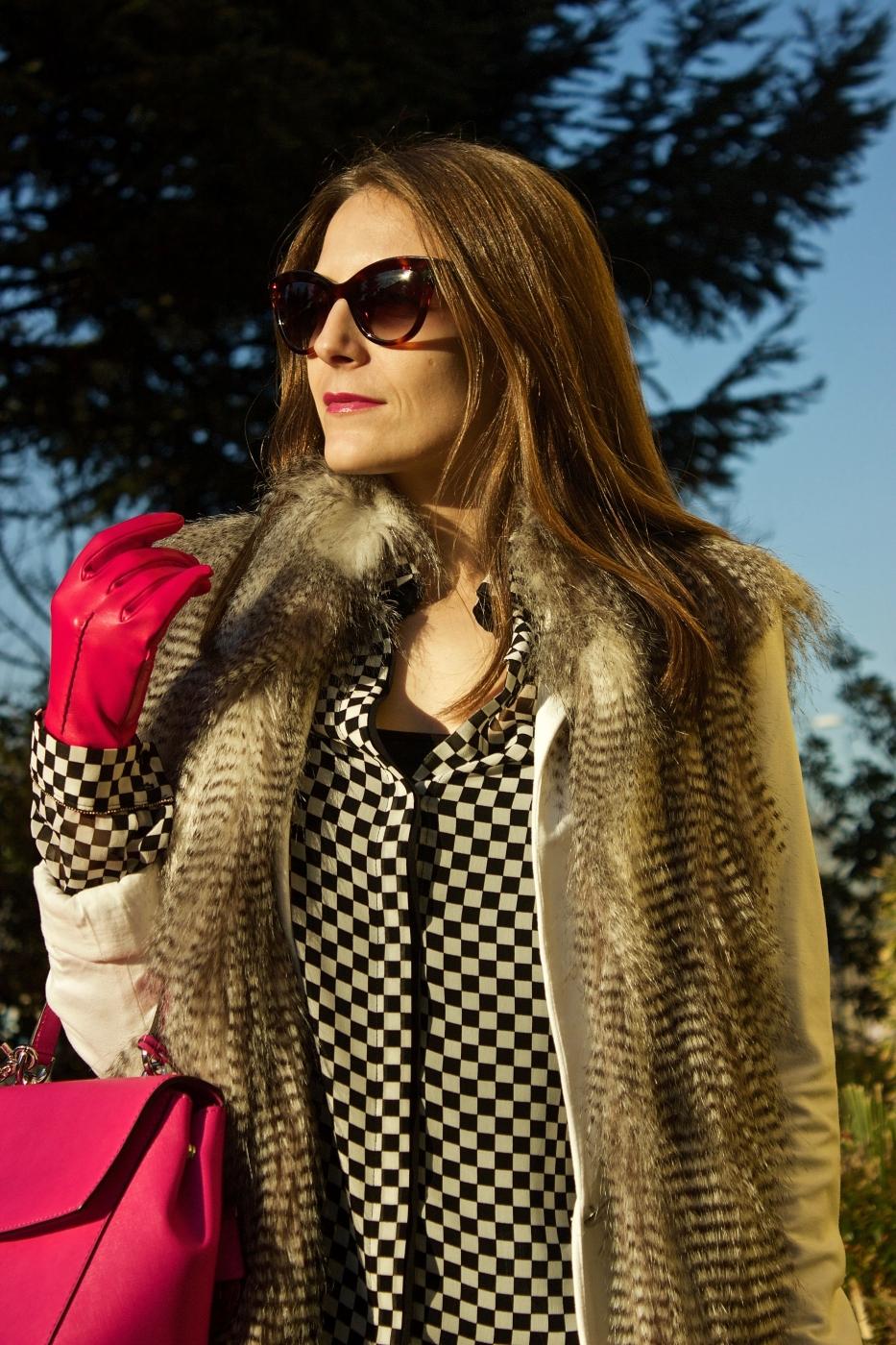 lara-vazquez-madlula-style-streetstyle-fashionblog-fucsia-details
