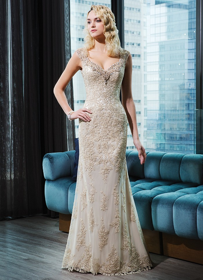 lace straight dress | V-neck by Justin Alexander champagne wedding dress | itakeyou.co.uk