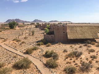Blick von der Dachterrasse zum Hauptgebäude