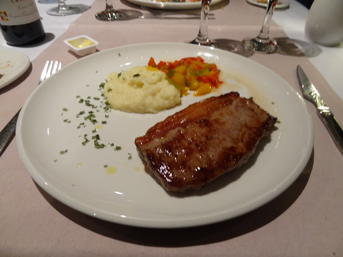 Nachtessen im Speisewagen