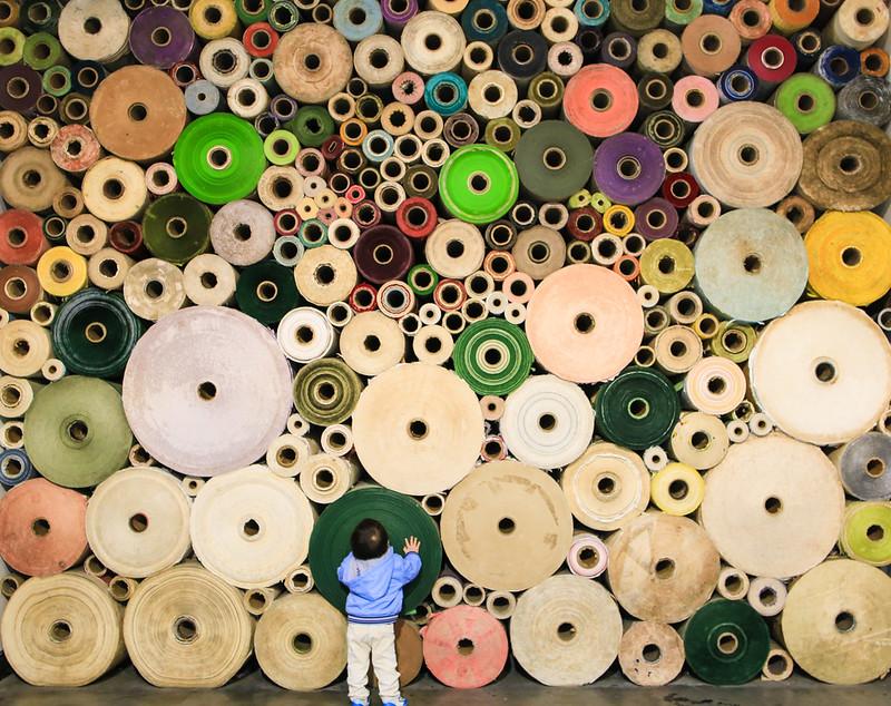 百萬紙捲牆