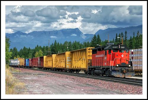 montana freighttrain fortine montanarockies missionmountainrailroad
