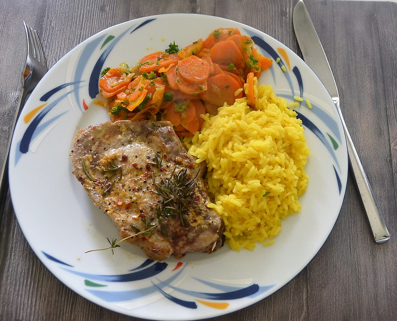 Pork Chop, Safran Rice and Vichy Carots (1)