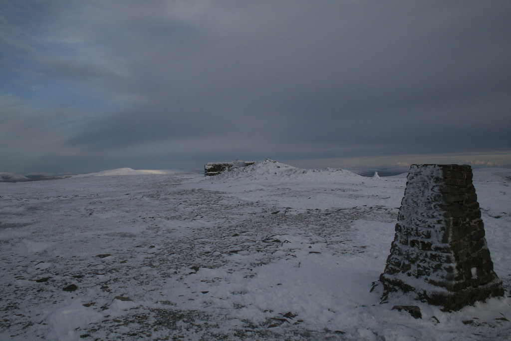 Ingleborough summit area