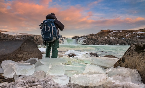 portrait ice sunrise river landscape waterfall iceland photographer hiker glacial iceblocks urridafoss urriðafoss