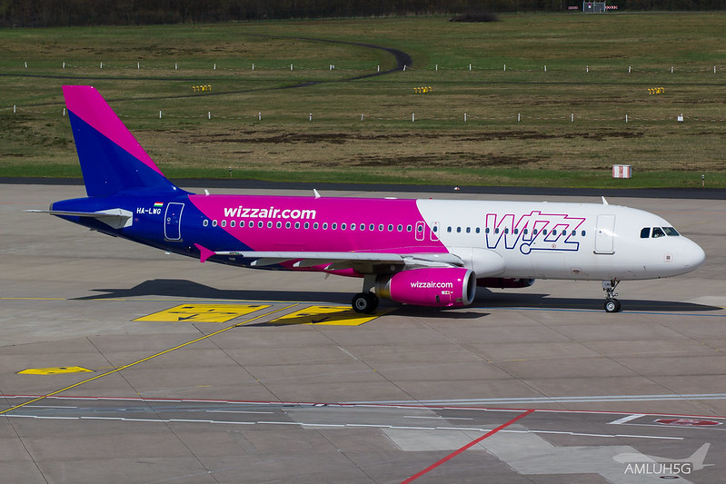 Wizzair - A320 - HA-LWG (1)