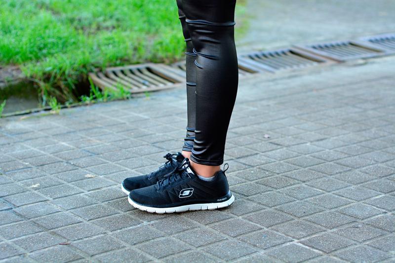 zara_ootd_outfit_leggings_sketchers_sneakers_08