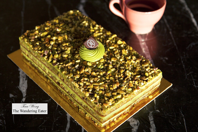 Pistachio Cake (6 person serving size)