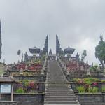 Escalinata de Pura Besakih