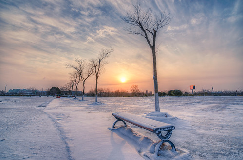 china park winter sky cloud sun white snow cold tree cn sunrise bench nikon hdr d800 nikond800 jiangsusheng nanjingshi tamronsp1530f28