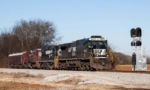 NS Track Geometry Train 906