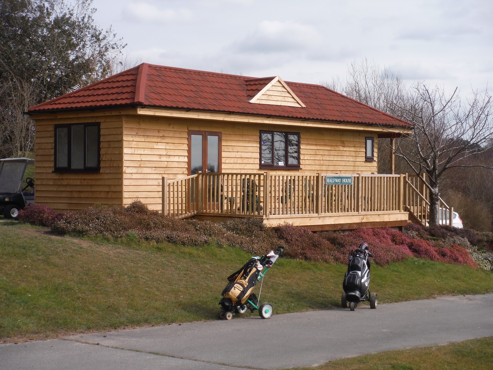 The Halfway House, East Sussex National Golf Course SWC Walk 262 Uckfield to Buxted