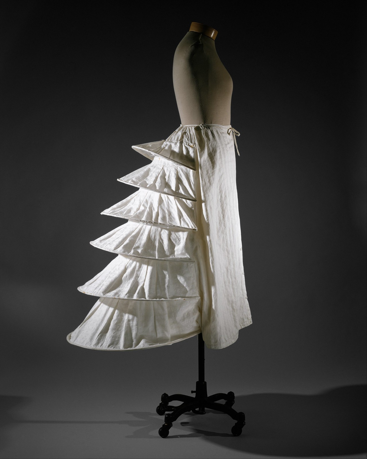 Bustle from 1871, British, cotton, metal. metmuseum