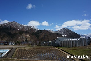 越後湯沢の雪3