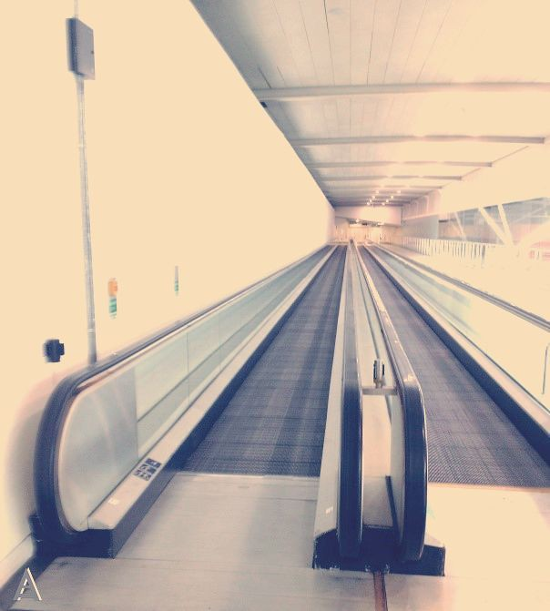 moving walkway manufacturer