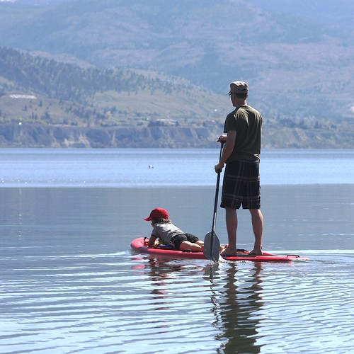 father-son-paddleboard