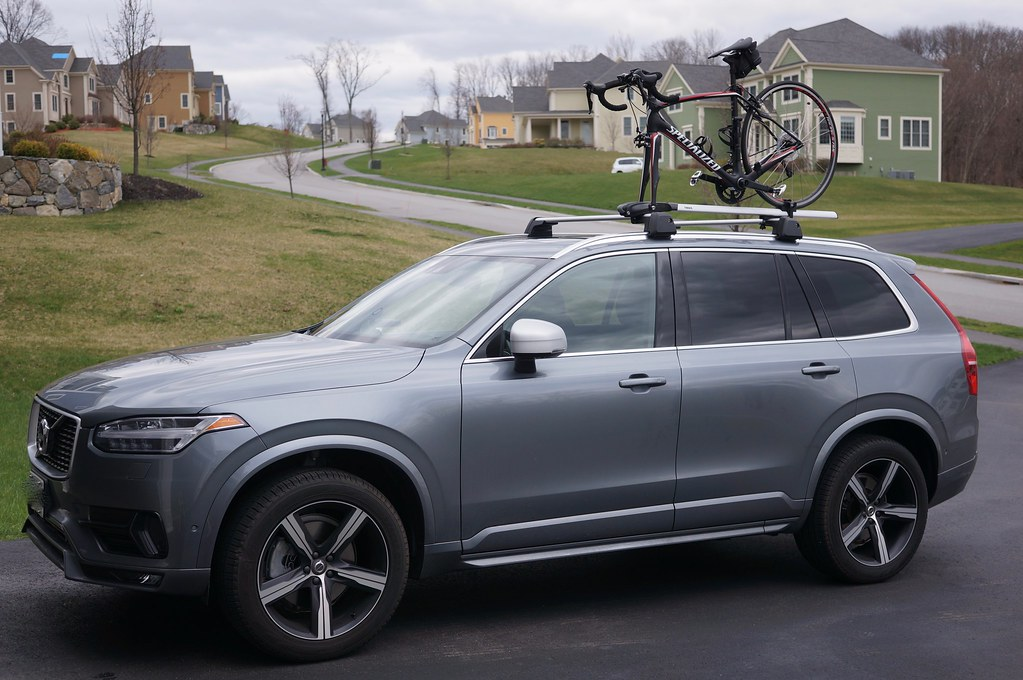 Some Photos Of Our R Design With The Volvo Roof Bars And A Thule 927 Roof  Bike Mount (with A Bike...).