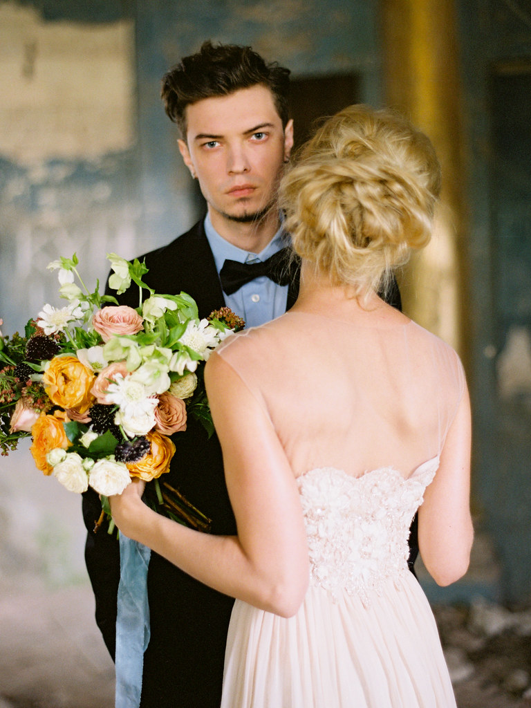 Fine art wedding shoot | fabmood.com #weddinginspiration