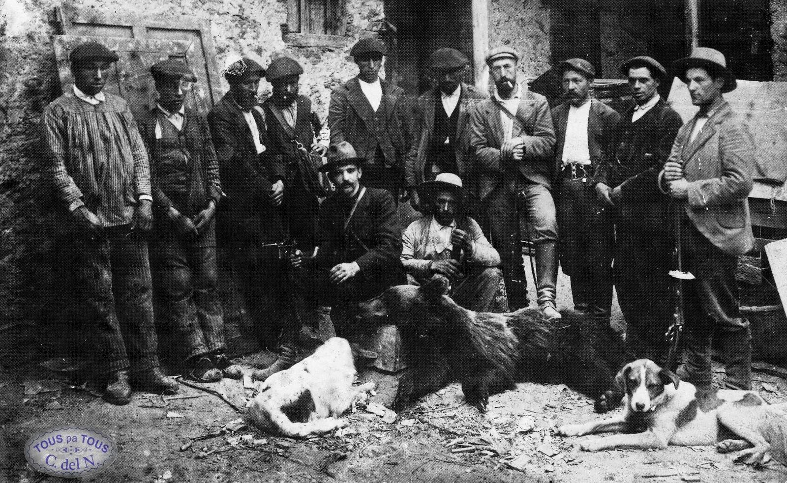 1915 - Cacería de oso